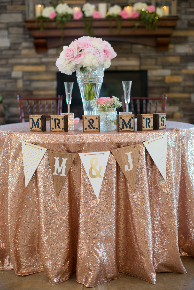 Elegant Navy and Blush Estate Wedding | Navy, Blush, and Gold Wedding Sweetheart Table