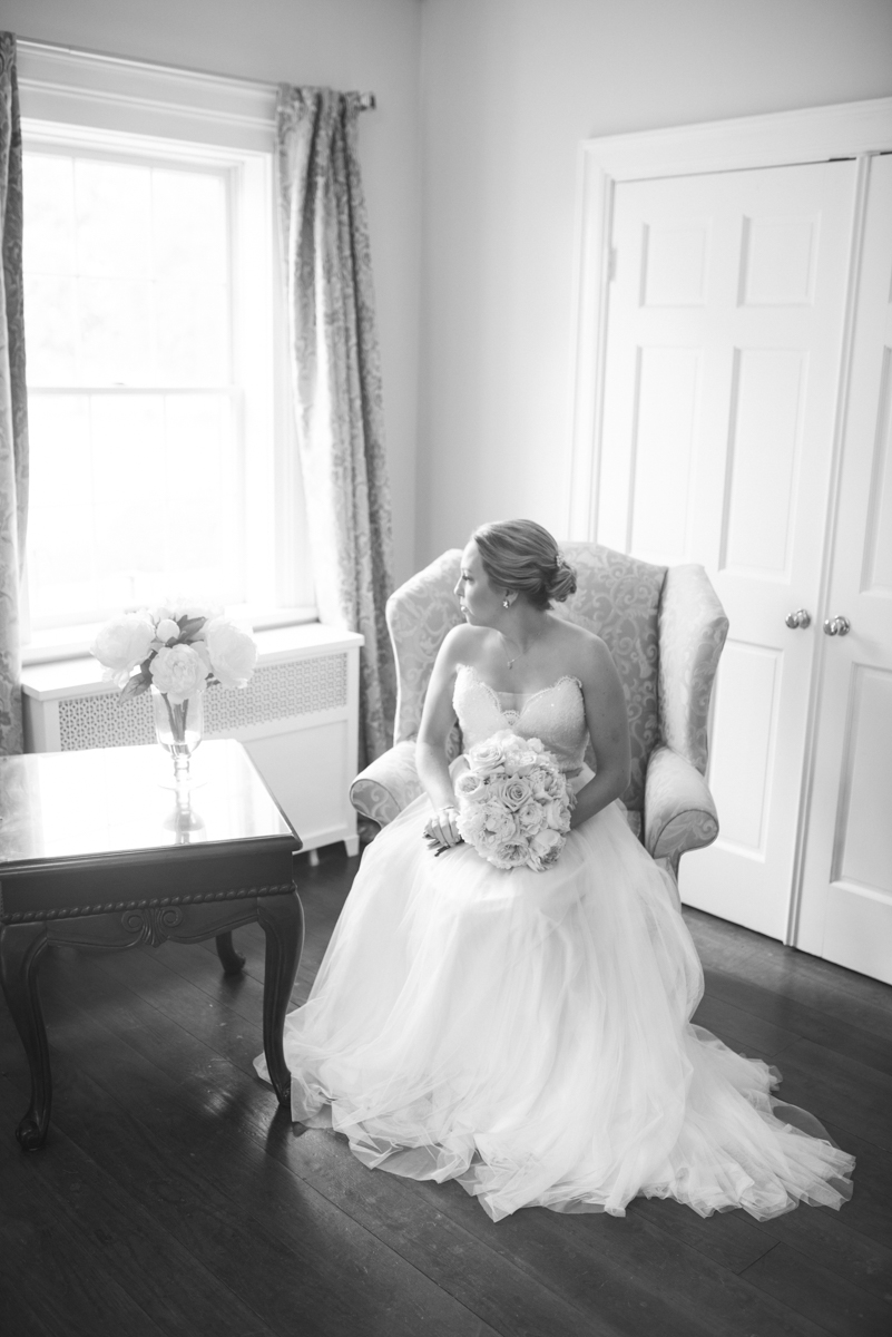 Elegant Navy and Blush Estate Wedding | Black an White Bridal Portrait