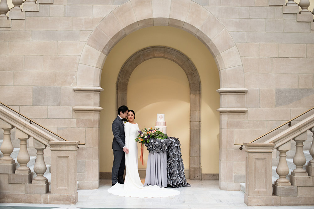 Elegant Museum Wedding Inspiration | Bride and Groom Portraits