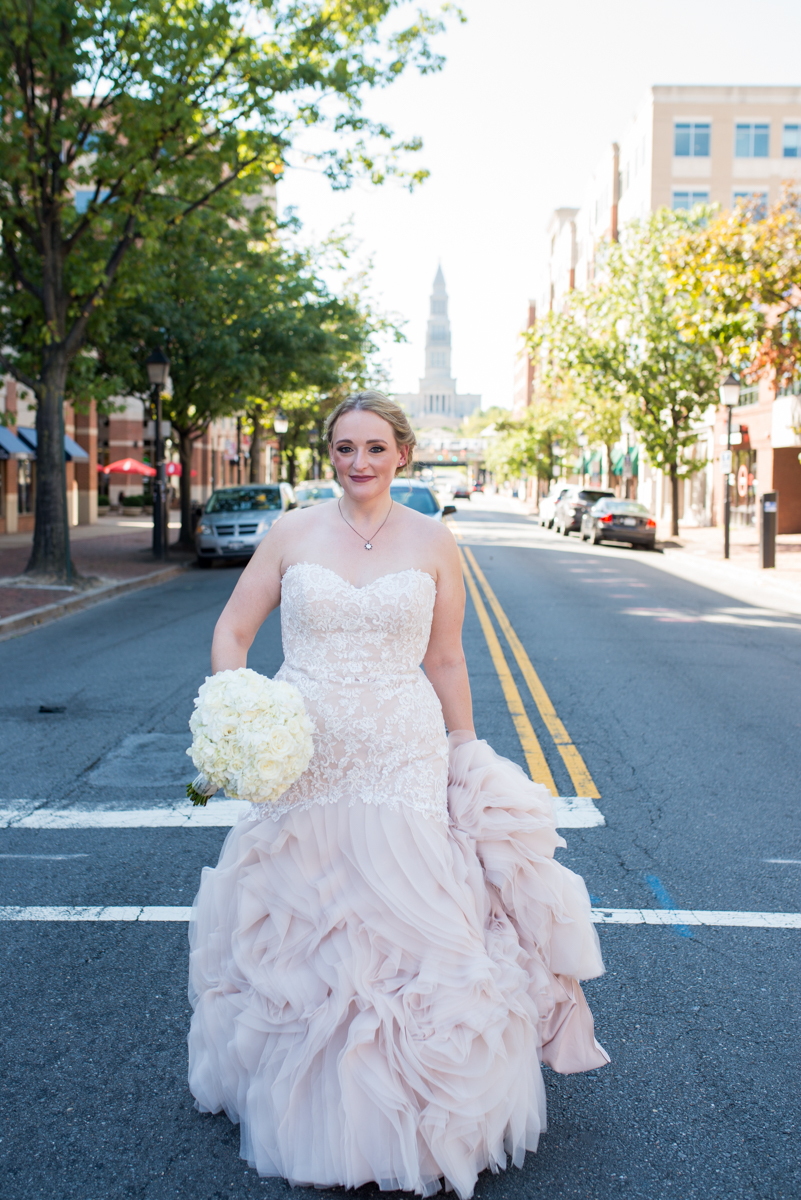 Downtown Classic Emerald and Black Tie Wedding | Bridal portrait
