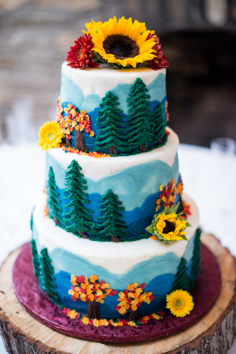 Marsala and White Estate Wedding | Woodland Fall Wedding Cake