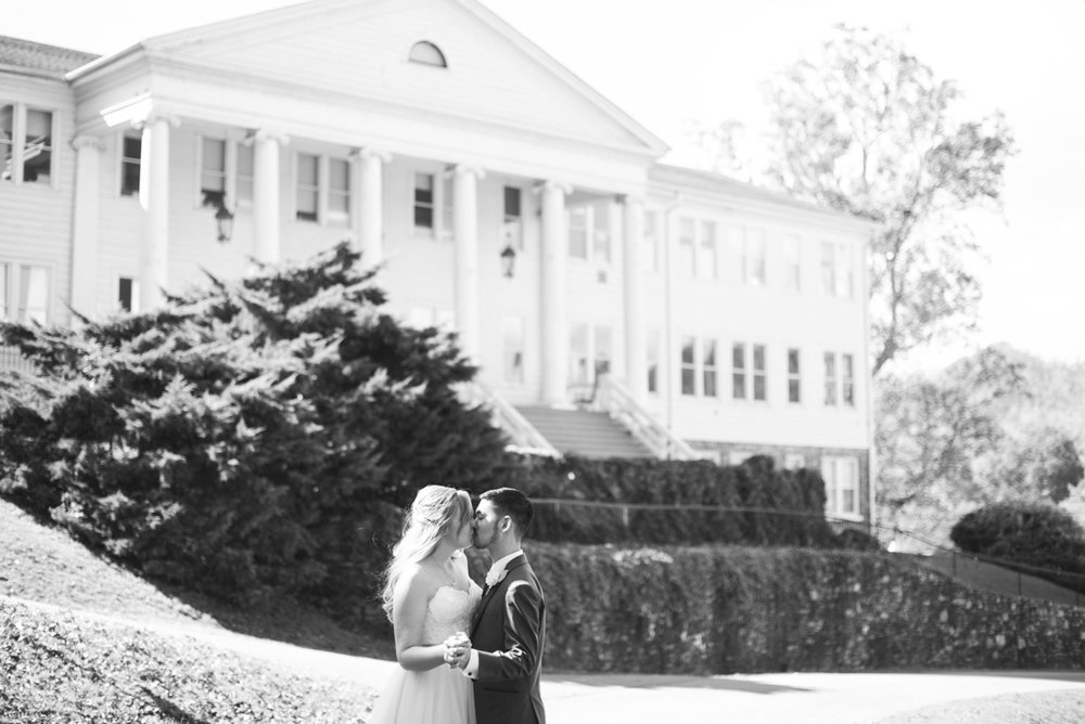 Maggie_Valley_North_Carolina_Wedding-25.jpg