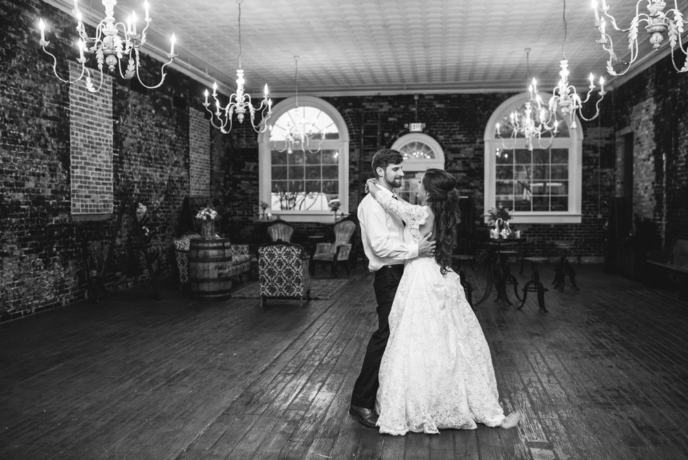 Elegant and Intimate Winery Wedding | Bride and groom last dance