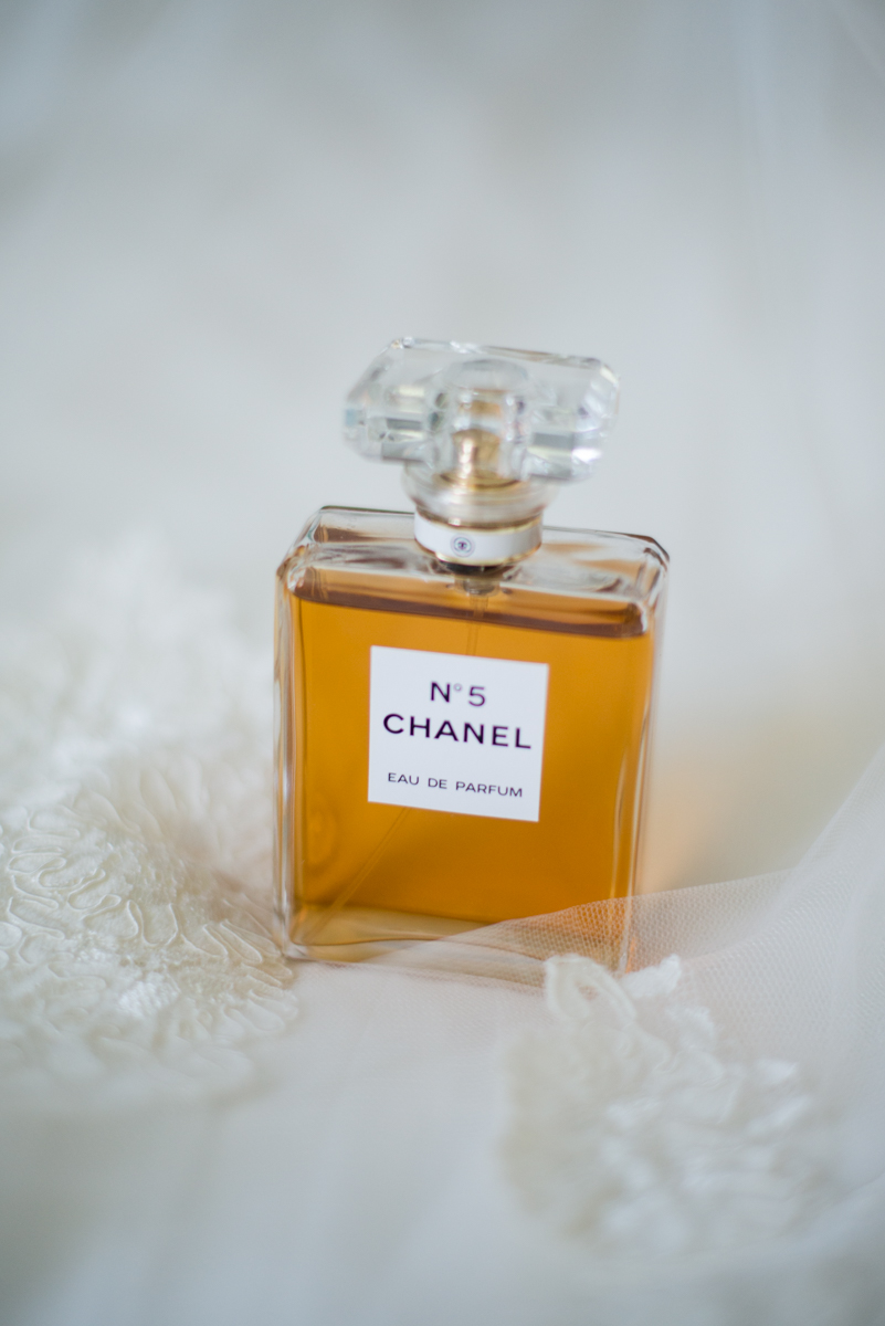 Intimate Backyard Summer Wedding on the Water | No 5 Chanel Perfume