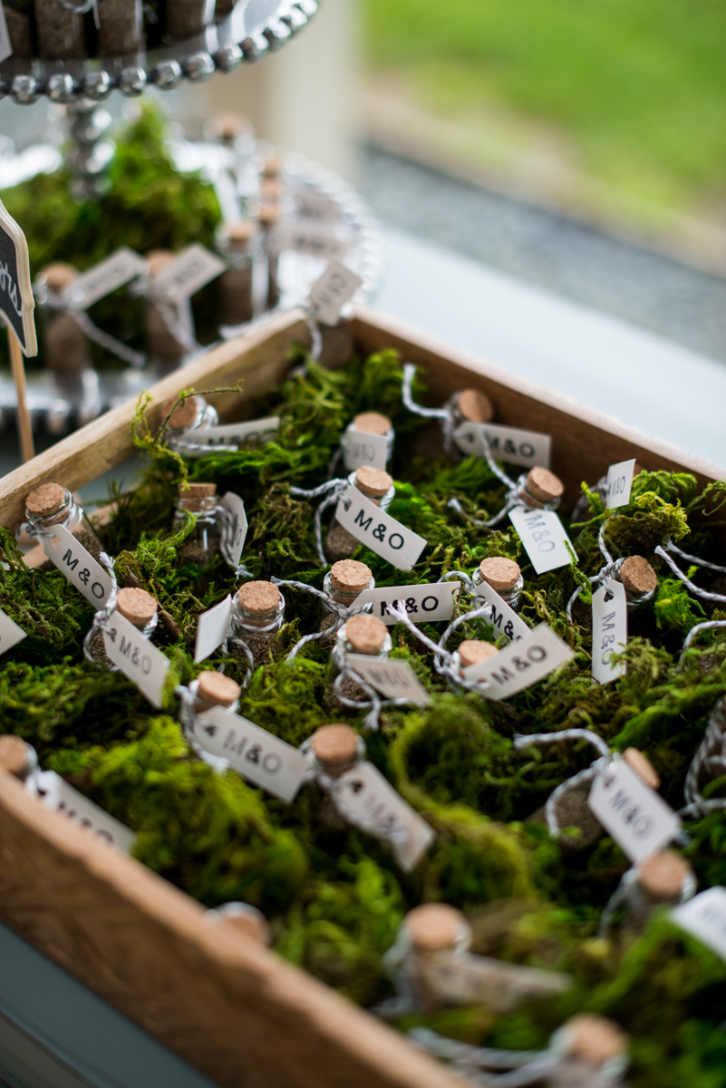 James Monroe Highland Wedding in Charlottesville | Wildflower seed wedding favors