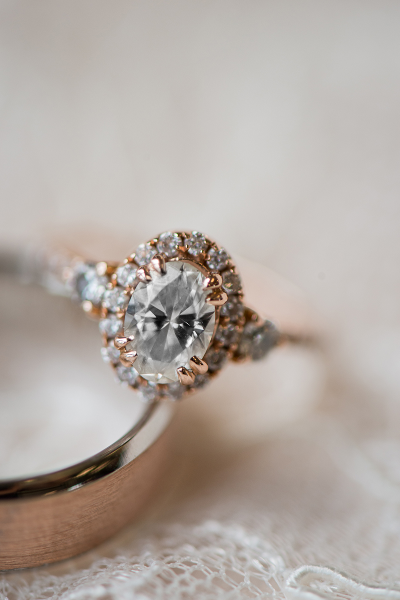 James Monroe Highland Wedding in Charlottesville | Rose gold wedding ring