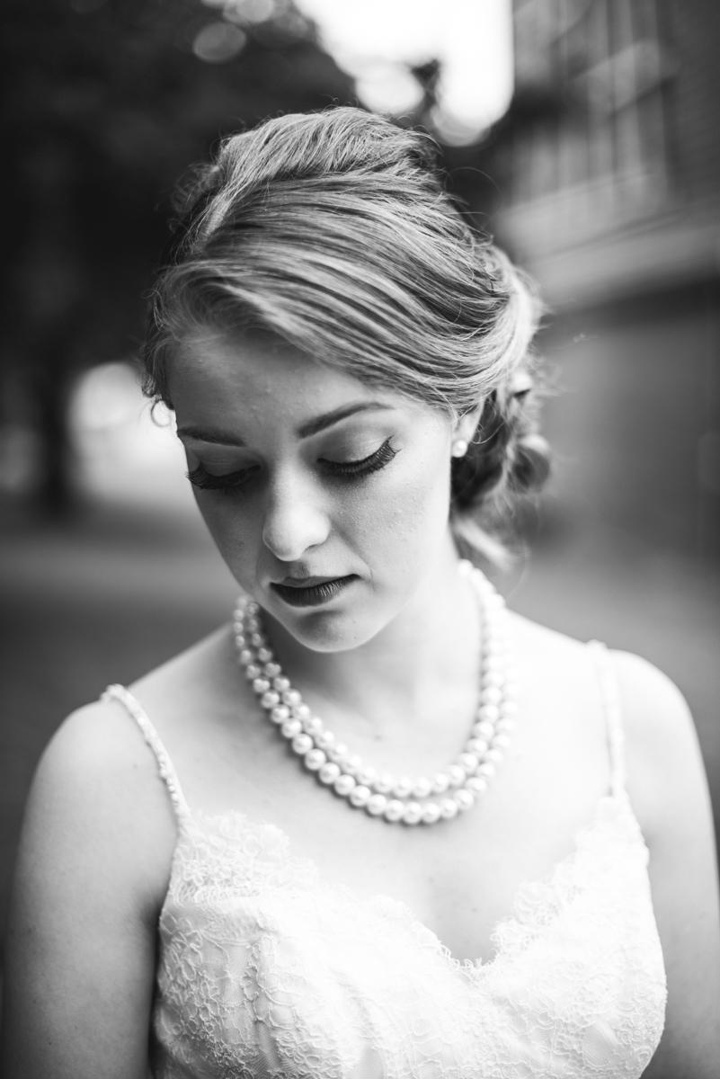 Yellow, Navy, and White Summer Wedding | Bridal portrait