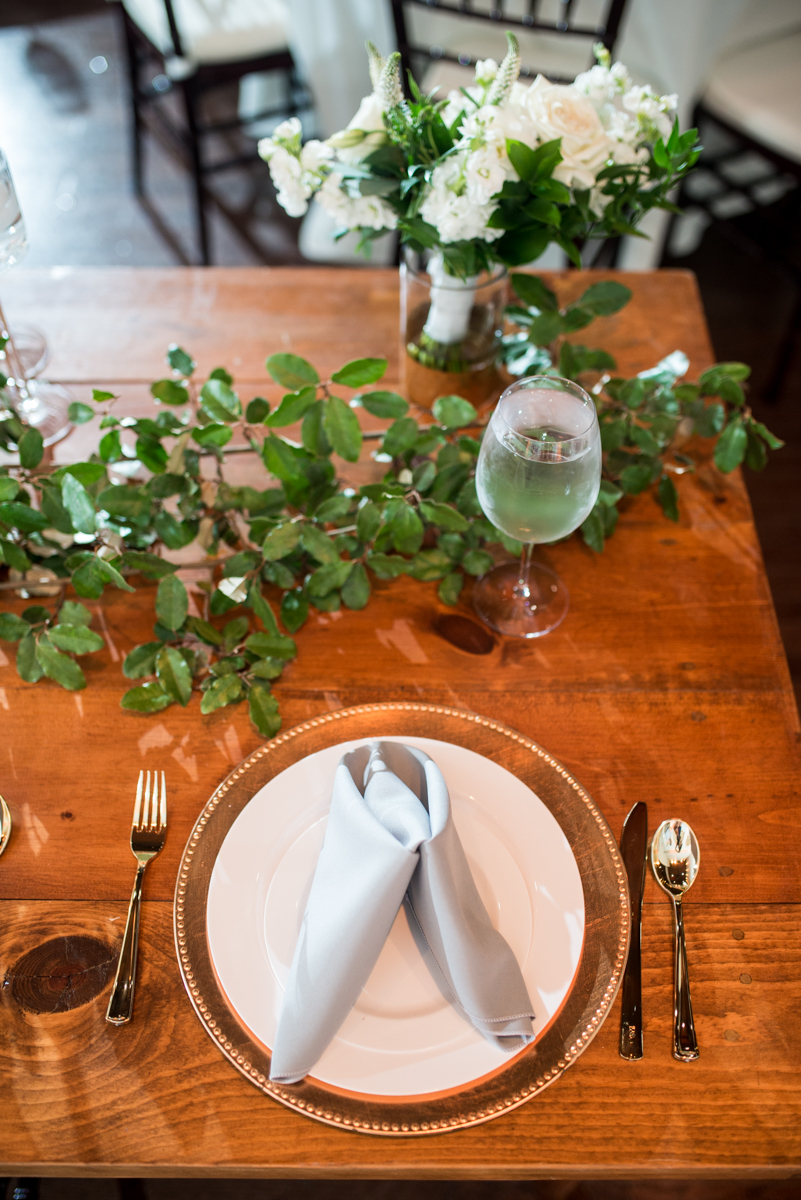Minimalist White and Green Summer Wedding | White, Gray, and Gold Wedding Reception