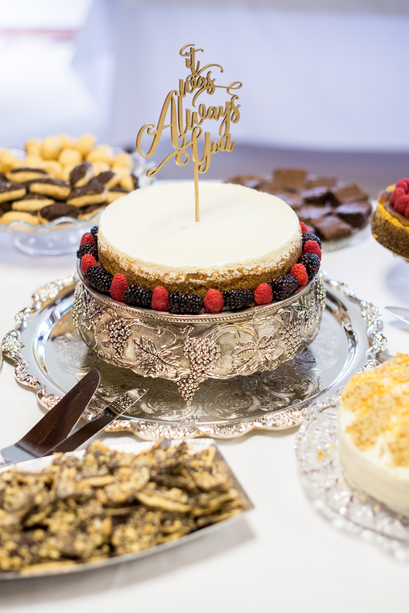 Scottish Themed Wedding with Burgundy, Navy, and Copper | Wedding Cheesecake