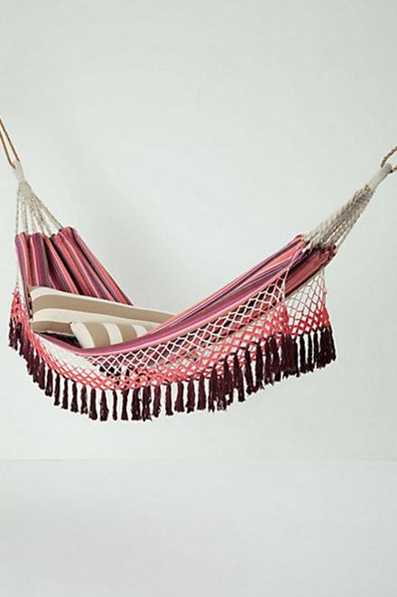 Anthro hammock.png
