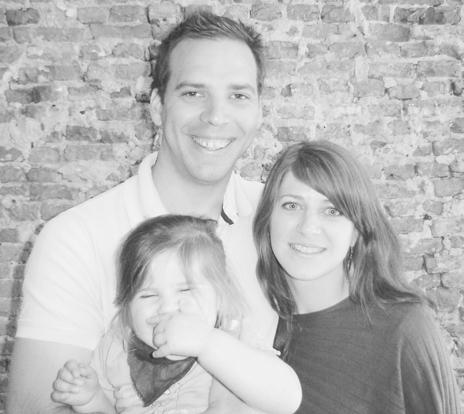 Nicola de Vreugd + family
