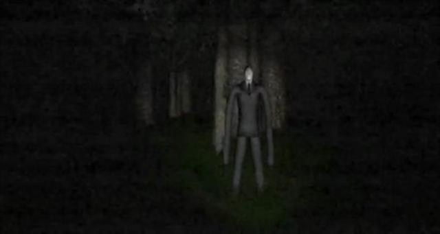 Slender is an atmospheric game with a simple premise, collect 8 pieces of paper... but this seemingly simple task is harder than it seems. NOT SUITABLE FOR YOUNGER PLAYERS.