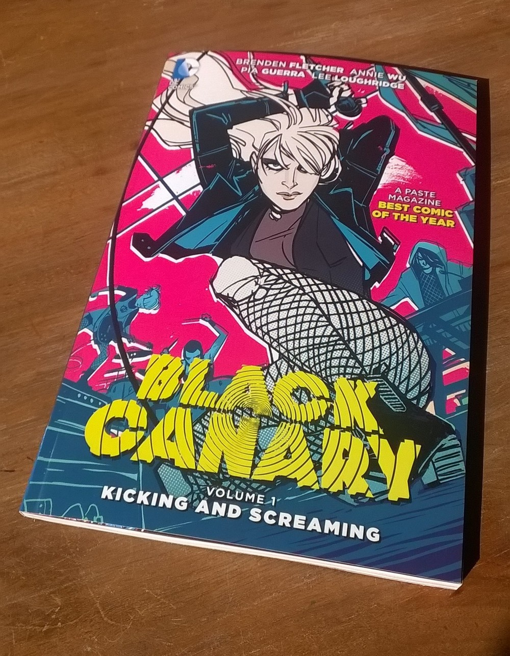 Black Canary: Kicking and Screaming