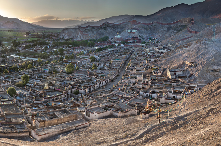 Old City of Gyantse, Sunset - 2010 VIEW FULLSCREEN