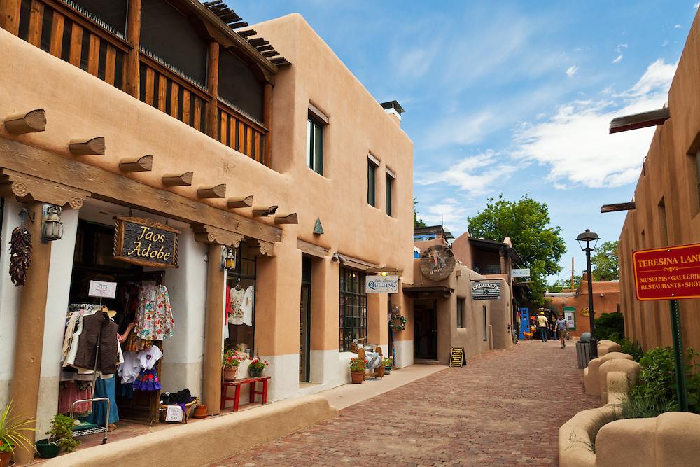 Taos-Plaza-Teresina-Lane-4941.jpg