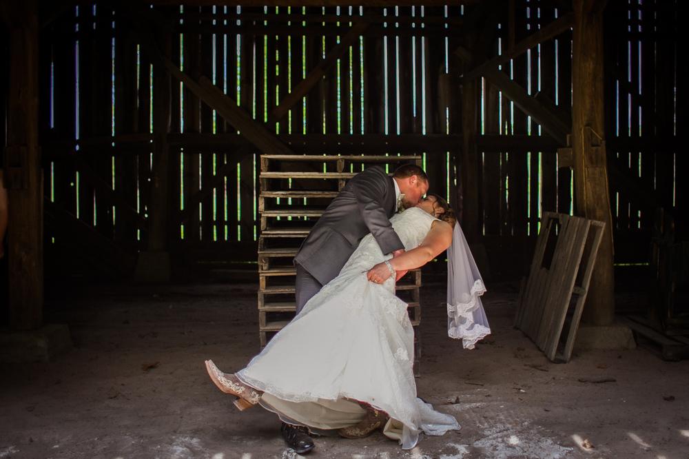 0031Samantha and Jesse North Granby WeddingIMG_8920.jpg