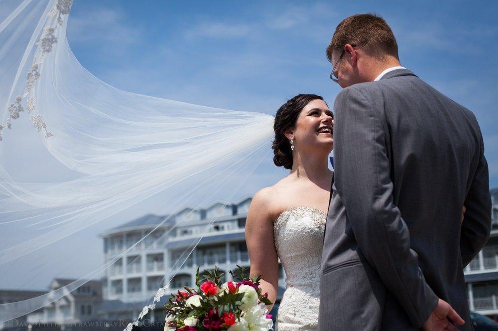 Ashley and Jareds Woodwinds Wedding Strawberry Road Creative LLC