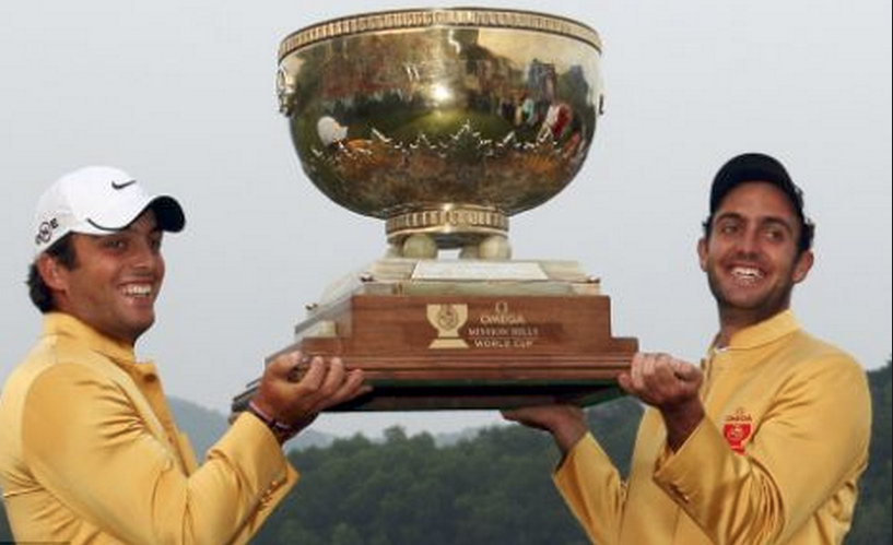 A very similar trophy to the BPIC POTY trophy, being held by a couple of golfers.