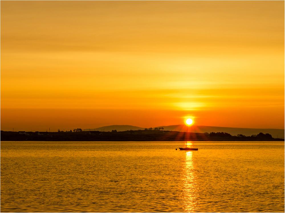 BPICPOTYR2_Boat_at_Sunrisel_Michael_Byrne_Advanced.jpg