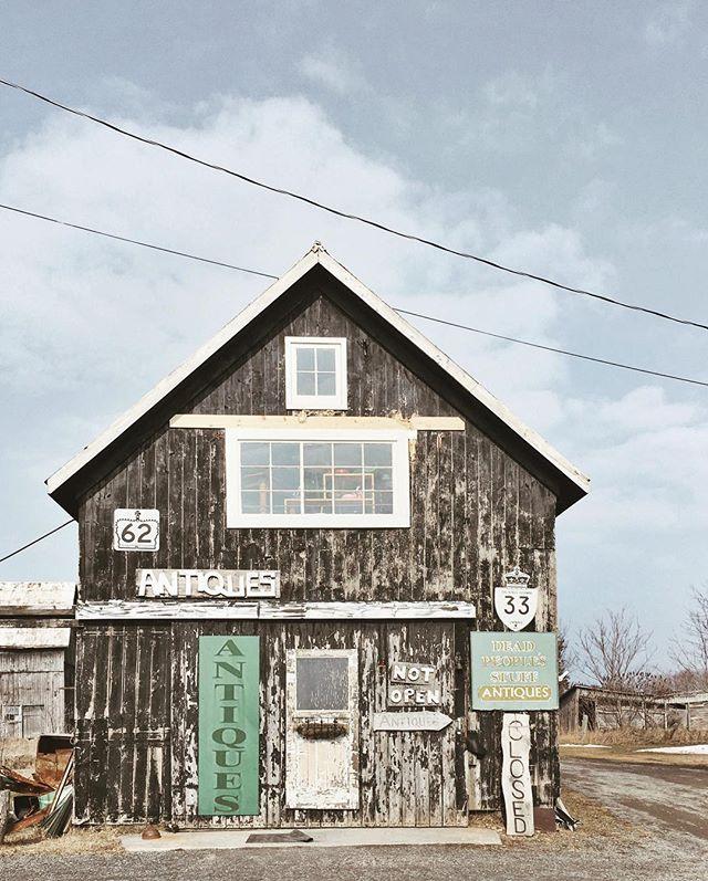 Best name for an antique shop-- @deadpeoplesstuff