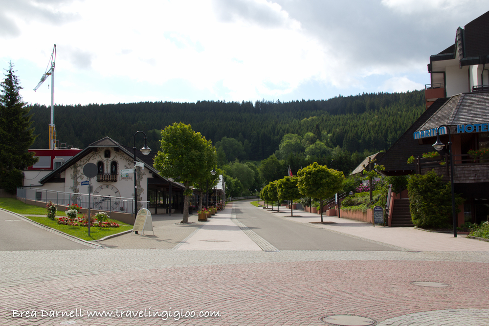 Traveling Igloo - Camping in Germany at the Titisee