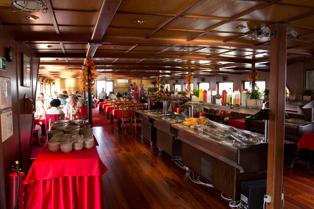 prague-dinner-cruise-8