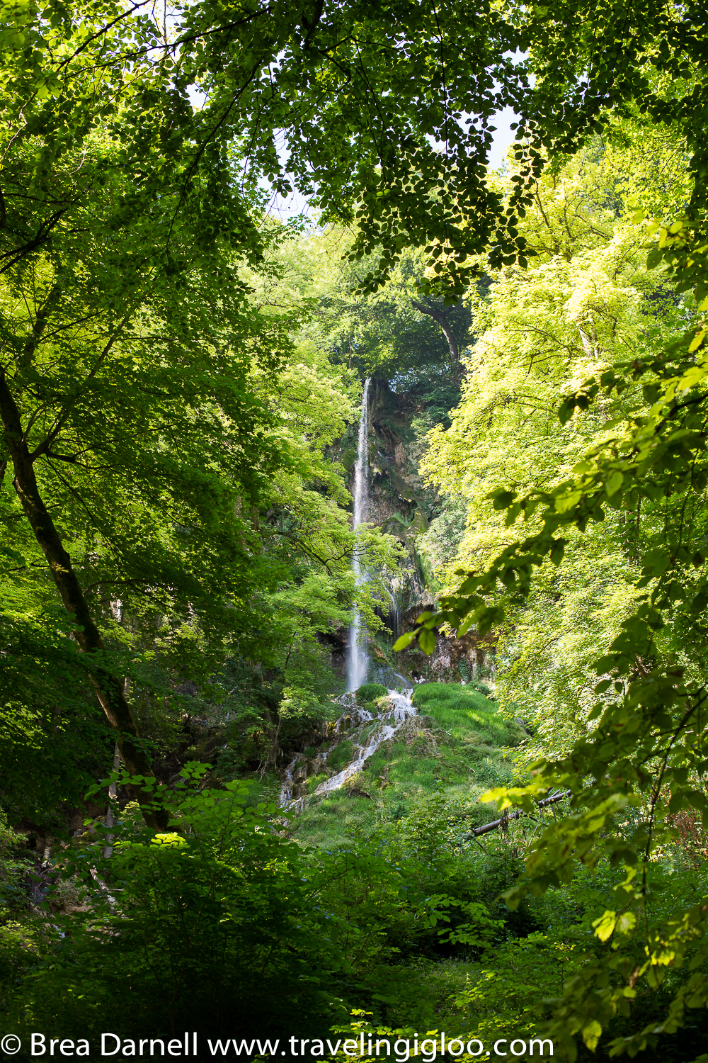 bad-urach-waterfall-germany.jpg