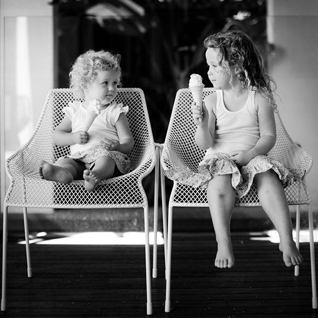 Waving goodbye to the school holidays with a scorcher Australia Day weekend! For all of the South Australian families sending their little ones back to school next week, I hope you've had a wonderful summer 😊 . . . . #adelaide #adelaidesummer #adelaidechildrensphotographer #blackandwhitephotography #nikonaustralia #aippaccreditedprofessionalphotographer #aipp #adelaidephotographer #aussiekids