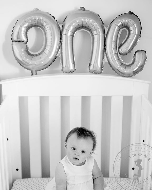 Happy First Birthday to you, darling Lucy!!! You were a star for your photo shoot yesterday!! I hope you have a wonderful day 😊🎂