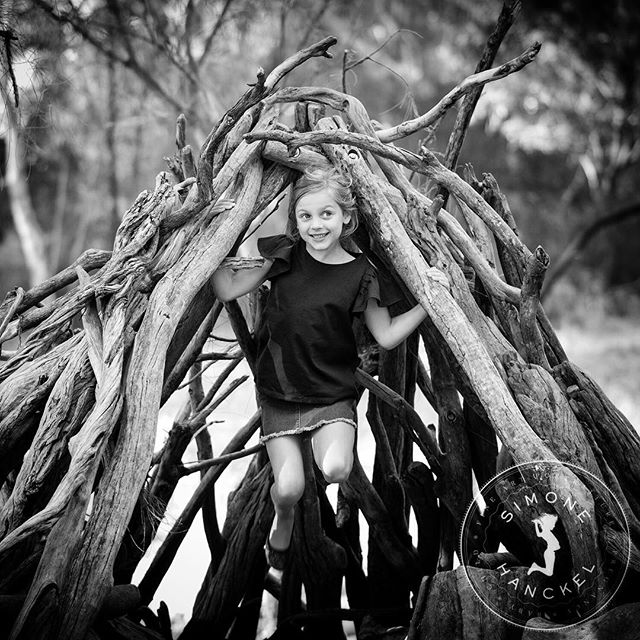 Second shoot of the year at the INCREDIBLY cool Morialta Adventure playground. I just about died and went to heaven. Can't believe it's taken me so long to check it out! This little firecracker was the perfect start to the New Year 😊 . . . #adelaide #adelaidefamilyphotographer #morialta #blackandwhitephotography #documentaryfamilyphotography #nikonaustralia #adelaidemums #blackandwhite @rebeccadelongville