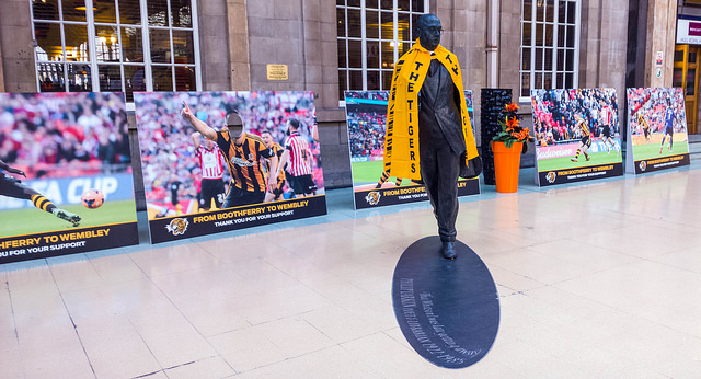 Nice sendoff at Hull Paragon station. What you see here is famous poet (Philip Larkin) and ex-Hull University librarian bedecked in Hull Tigers colours in honour of our appearance in the FA Cup Final tomorrow.