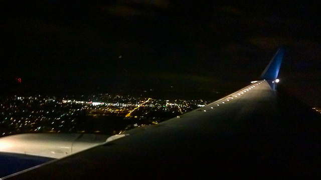 Turns out that if you point a smartphone out of the window as you land you do get a picture.
