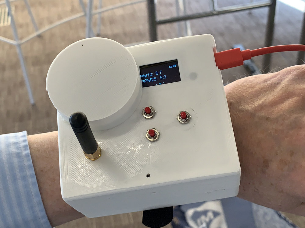 The watch in use showing the all-important dust levels…