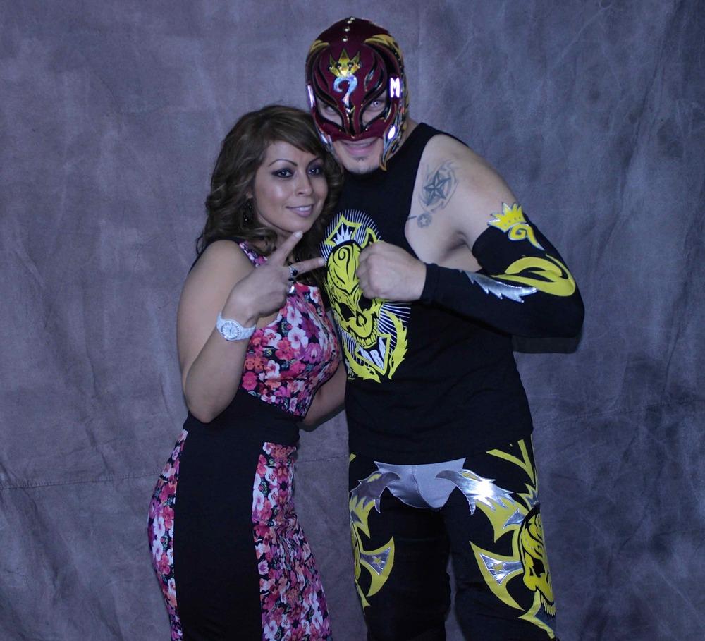 Laura y Rey Mysterio Renovado