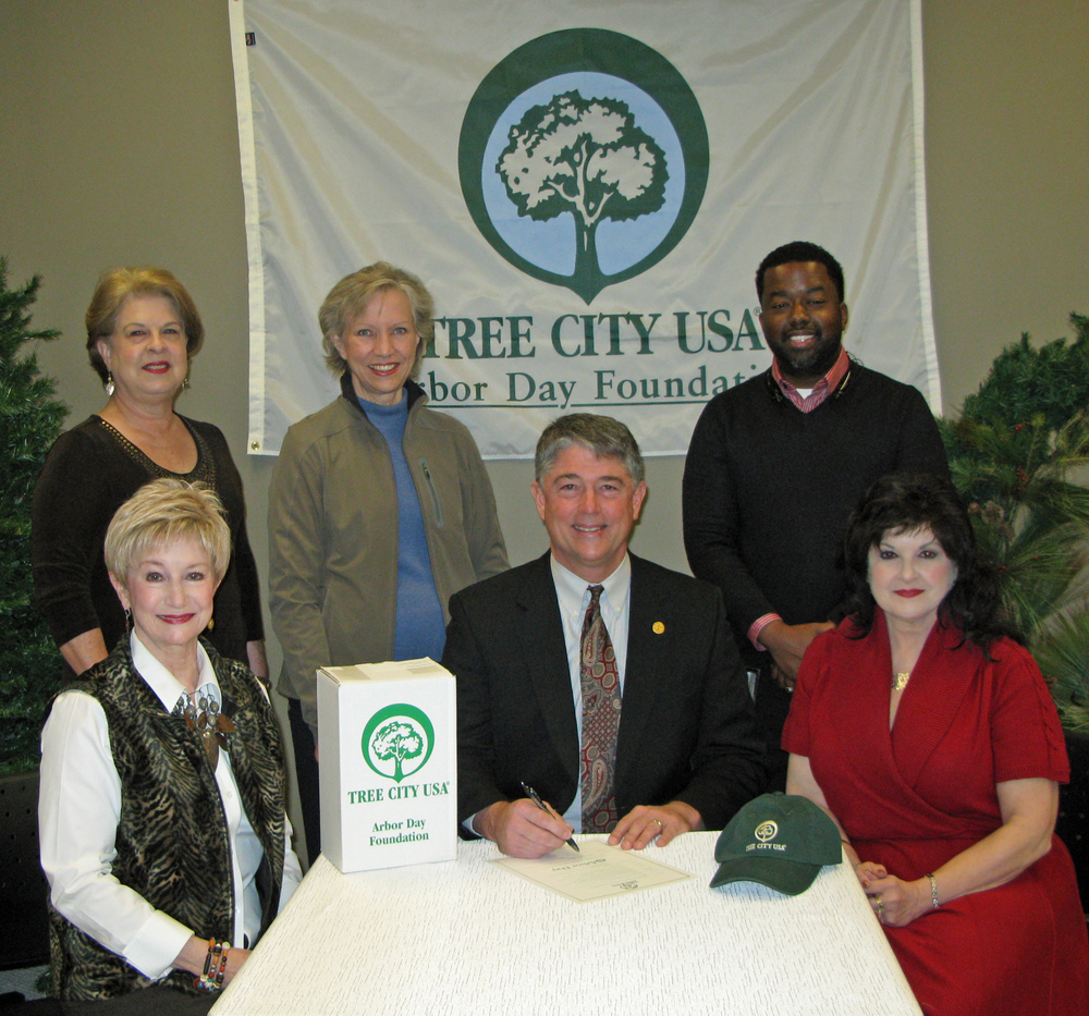 Pictured (l to r), seated: Charla Jordan, BGC President; Butch Lee, Mayor, City of Brandon; and Brenda Sumrall Smith, BGC Arbor Day Chairman. Standing (l to r): Wendy Naron; Joan Alliston, BGC Tree City Chairman; and Darion Warren, Brandon's Public Works Director.