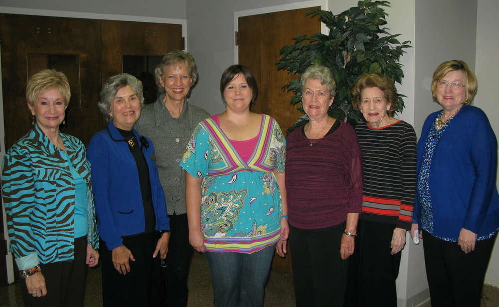Pictured (l to r): BGC President Charla Jordan, GCM President Mary Lynn Powers, Joan Alliston, Ashley Vaughan, Carol Atkinson, Janet McLaurin, and Dixie Vance.