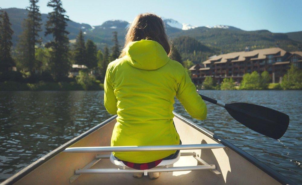canoeing-nita-lake.jpg