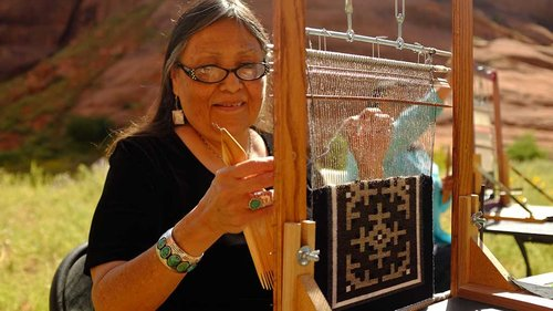 CRAFT-1.TEACHERS.NAVAJO-7399-e1458333889241.jpg