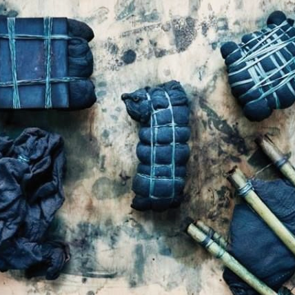 - FUJINO, JAPANSHIBORI + INDIGO DYEING WORKSHOP IN THE MOUNTAINS    APRIL 14 - 25, 2019