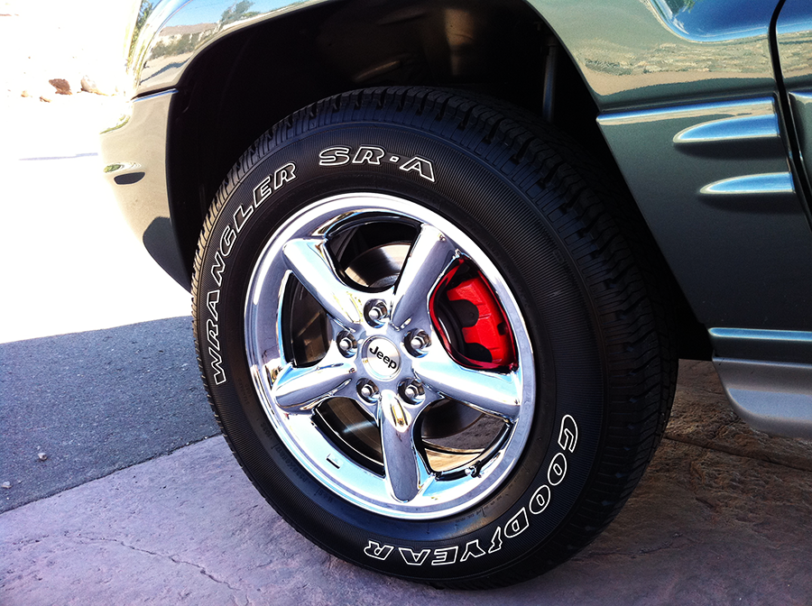 jeepgrandcherokee driver front wheel-tire.png