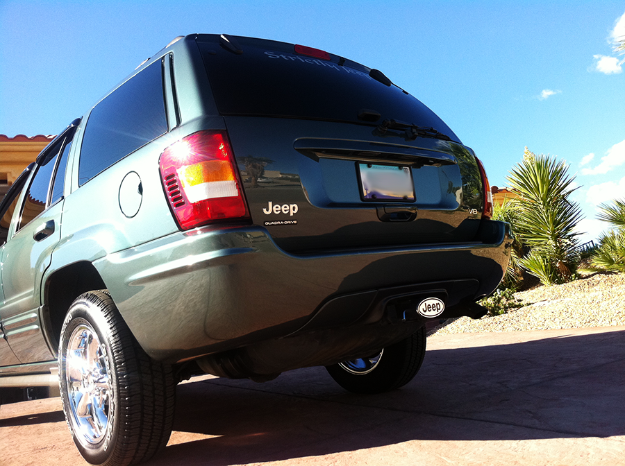 jeepgrandcherokee angled rear shot.png