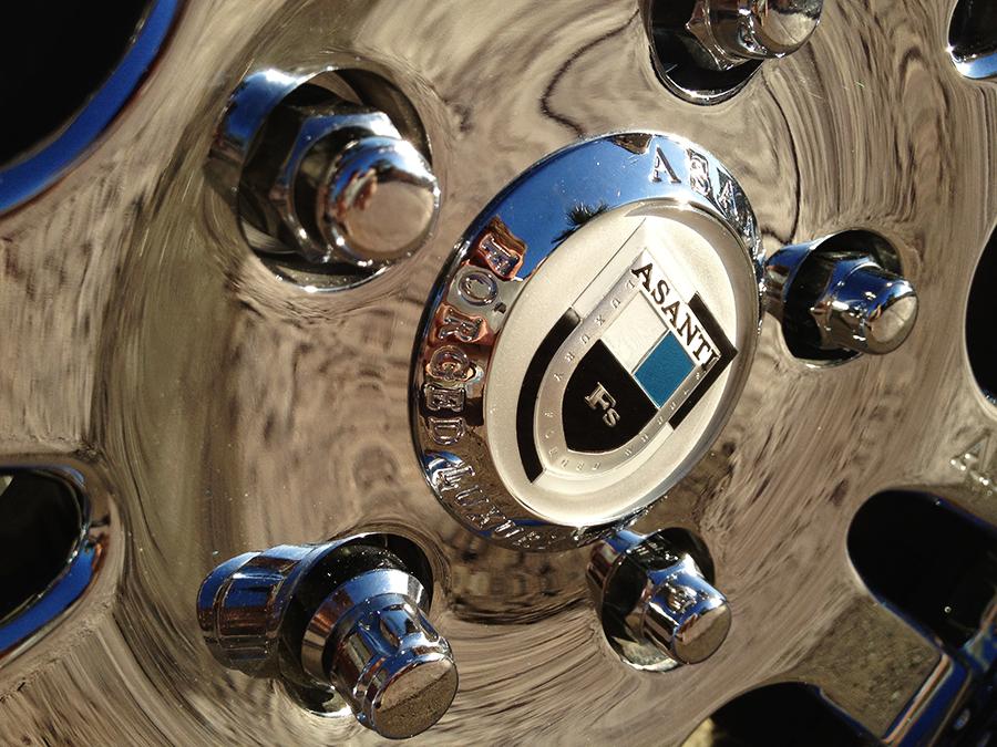 2009 cadillac cts asanti custom 20 inch wheel.png