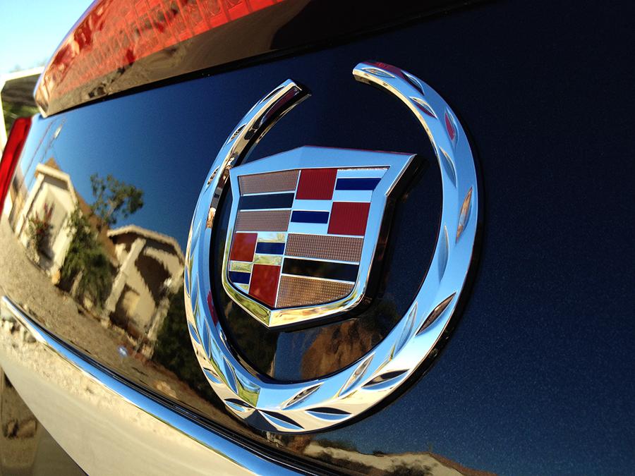 2009 cadillac cts emblem (2).png