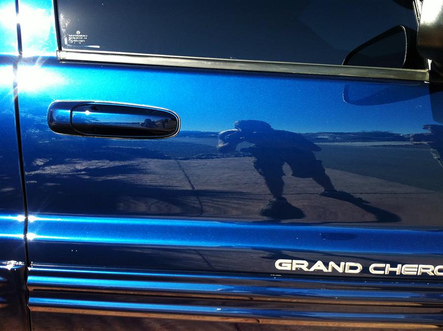 jeepgrandcherokeelimitedpassengerfrontdoor.png
