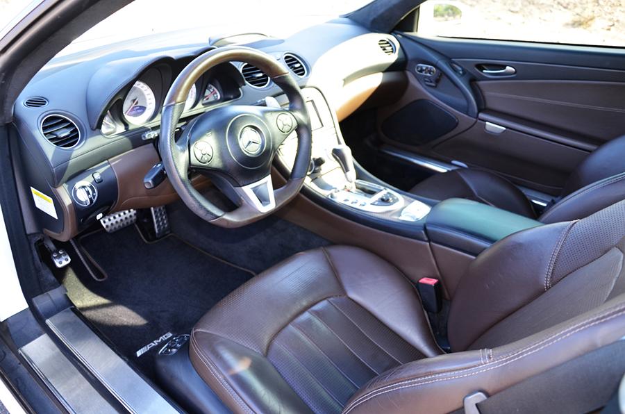 mercedes benz sl63 iwc edition interior (10).png