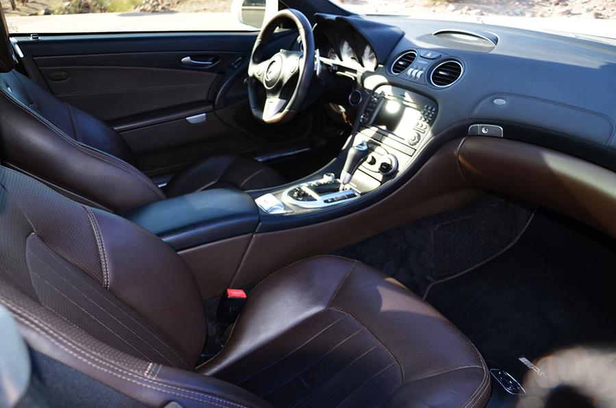 mercedes benz sl63 iwc edition interior (2).png