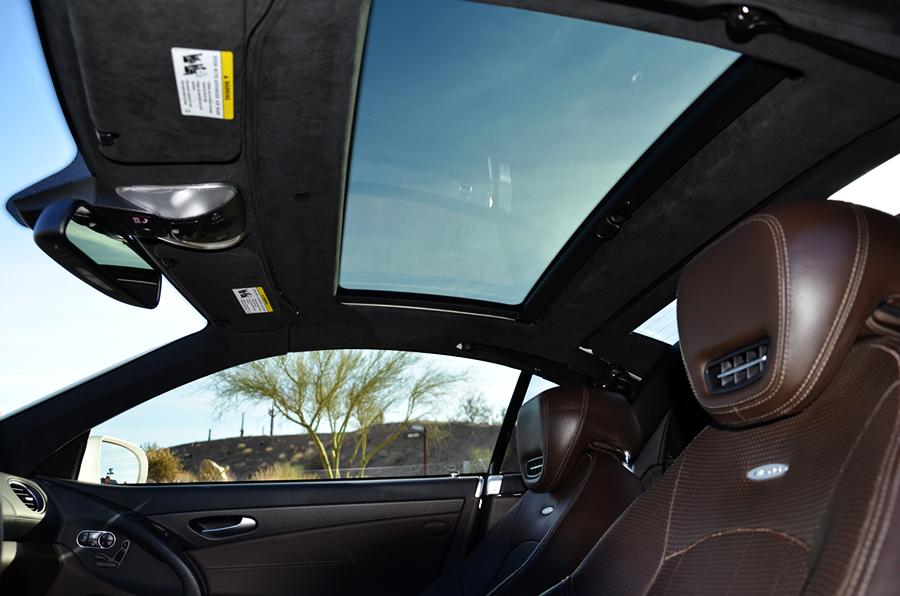 mercedes benz sl63 iwc edition interior (9).png