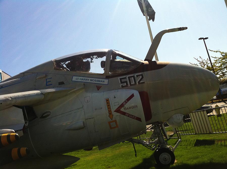 a-6 intruder (3).png