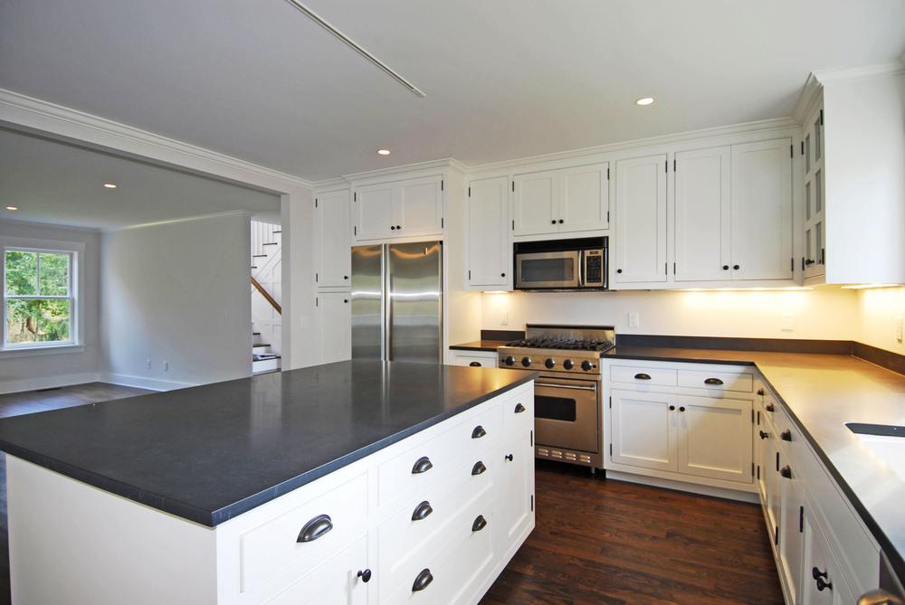 Dubrow#80087 kitchen2.jpg