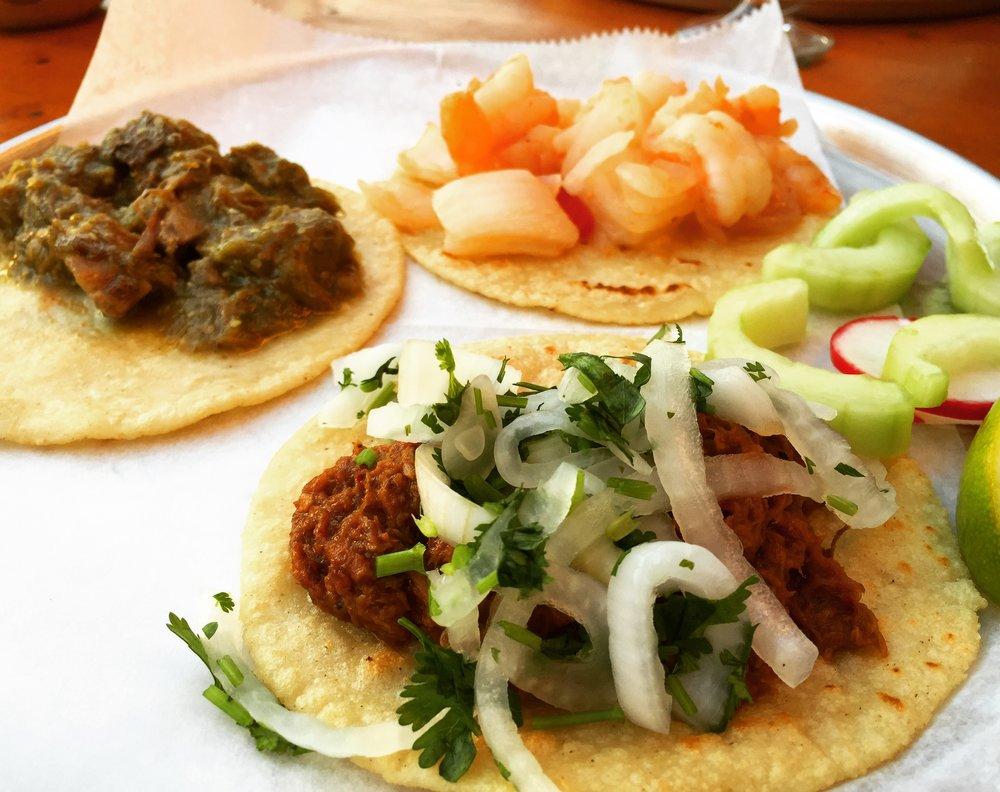 Tacos Lengua, Camarones & Barbacoa de Borrego